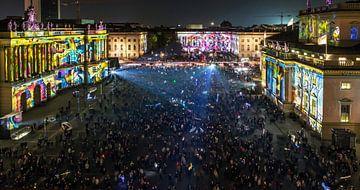 La Bebelplatz de Berlin vue d'en haut - sous un éclairage particulier