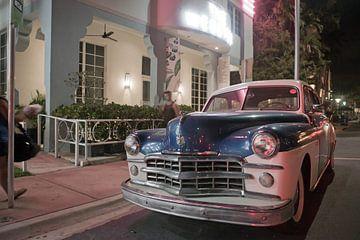 Miami Beach - Oldtimer in de Art Deco wijk van t.ART