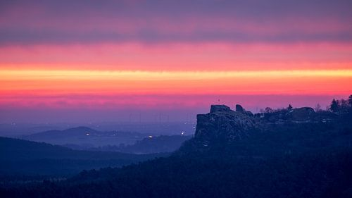 Sonnenaufgang - Burg Regenstein van Oliver Henze