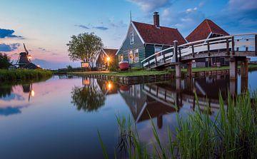 Blaue Stunde Panorama vom Käsehausin Zaanse Schans (Niederlande) von Ardi Mulder