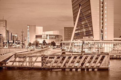 Rotterdam Kop van Zuid - monochroom
