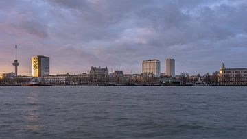 Skyline Rotterdam-West van Patrick Herzberg