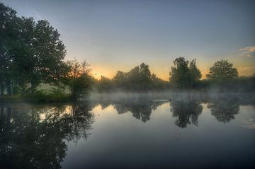 Landschap - Mistige ochtend sur Angelique Brunas