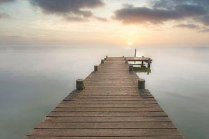 Bootssteg bei Sonnenuntergang