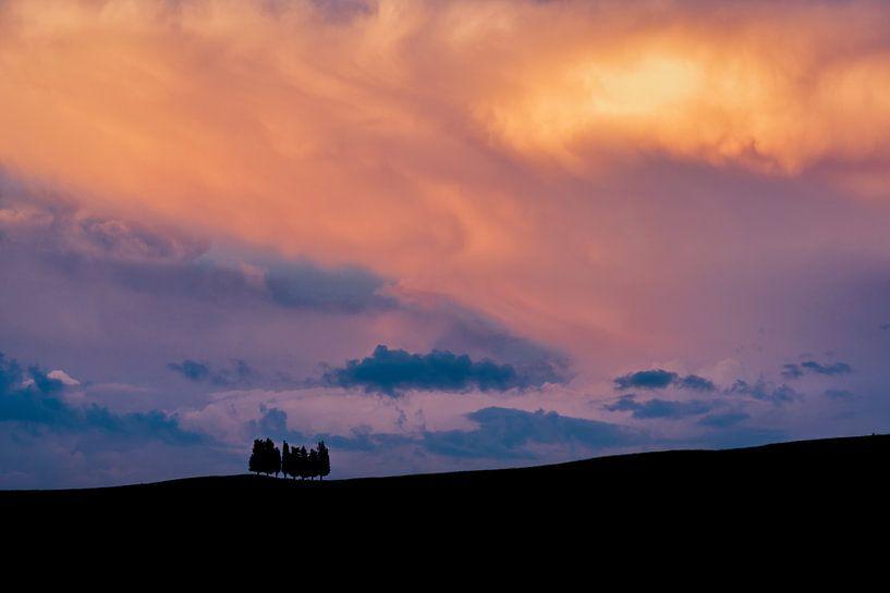 Tuscan Sunset van Teun Ruijters