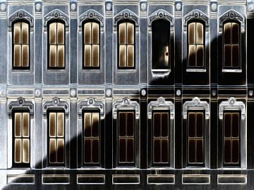 Fenster XIII von Maurice Dawson