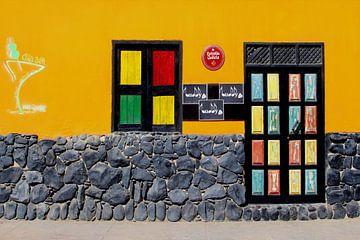 Café-Bar, Kap Verde von Inge Hogenbijl