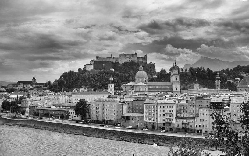 Salzburg skyline van Richard Driessen