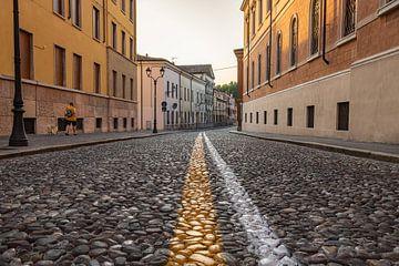 Verlaten straat in Mantova van Jefra Creations