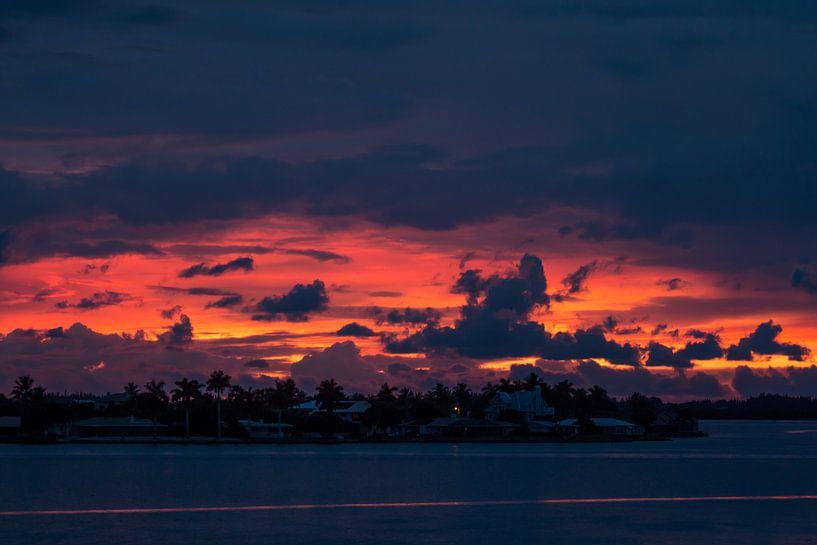 Zonsondergang in het prachtige Matlacha, Florida. van Michèle Huge
