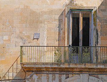 Balkon met brief van Odette Kleeblatt