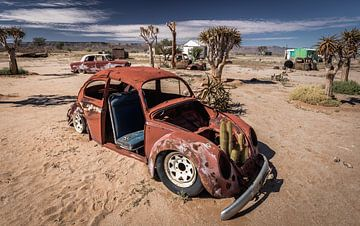 Autowrakken in de woestijn van Namibië (Afrika). van Claudio Duarte