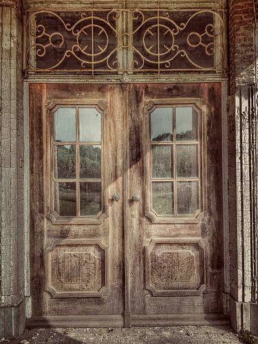 Urbex verlaten kasteel van