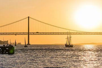 Ponte 25 de Abril in Lissabon von