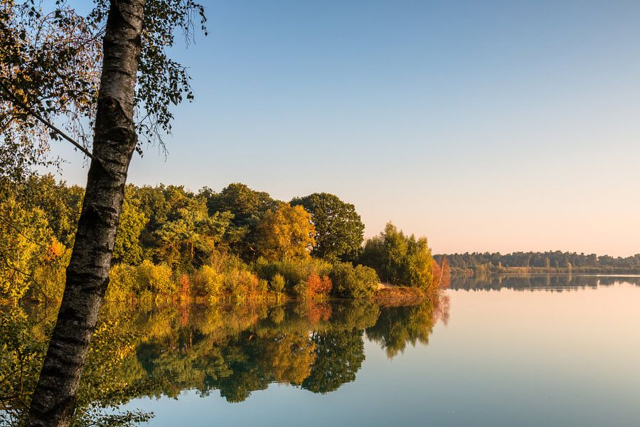 Mirror Lake van William Mevissen