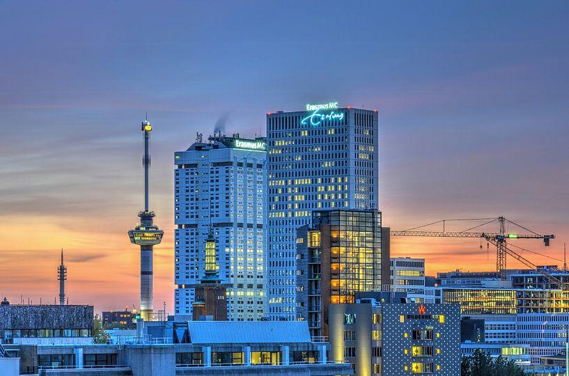 Erasmus pendant le soire, Rotterdam sur Frans Blok