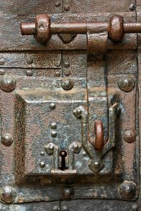 Ancient lock van
