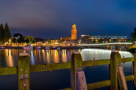 Stadsfront Zwolle met Peperbus