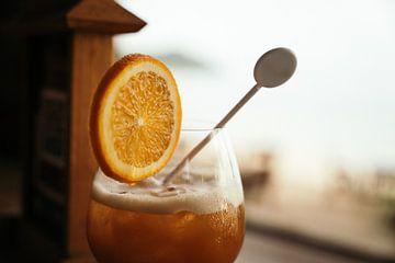 A holiday cocktail van Raymond Gerritsen