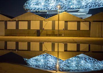 Hafenhaus - Reflexion von Pieter van der Zweep