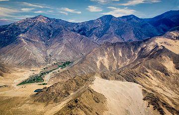 Highland tibétaine vu de l'air sur Rietje Bulthuis