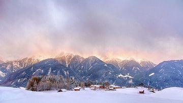 Vlammende bergen van Christa Thieme-Krus
