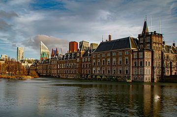 La figure du tribunal de La Haye dans l'après-midi sur Marjolein van Middelkoop