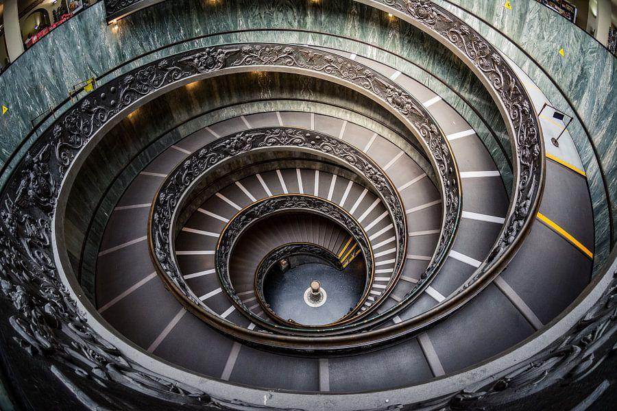Trap in het Vaticaanmuseum I van Ronne Vinkx