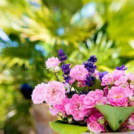 SUMMER FLOWERS van INA FineArt