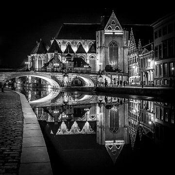 Kerk bij nacht, Gent, België