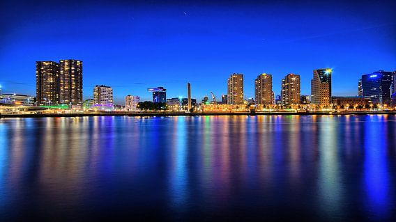 skyline Rotterdam van Roy Vermelis