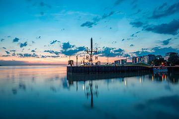 Ciel du soir au-dessus de Bremerhaven sur Sabine Wagner