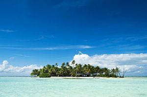 Unbewohnte Insel im Pazifik von
