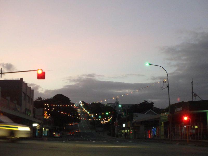 Weg in Mosselbaai in de avond