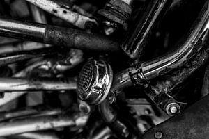 Rostige Fahrradglocke in Schwarz-Weiß