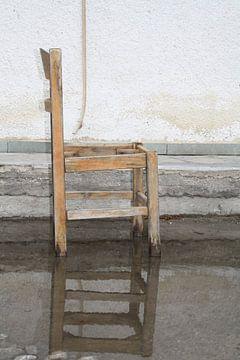 Stoel in waterplas van Jetty Boterhoek