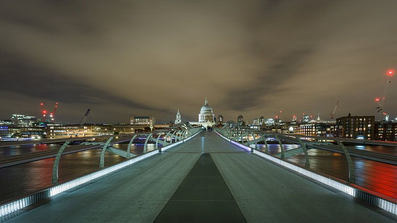 London Calling van Scott McQuaide