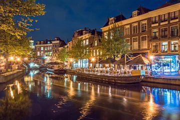 Historische Kanal Häuser in der Nacht von Richard Steenvoorden