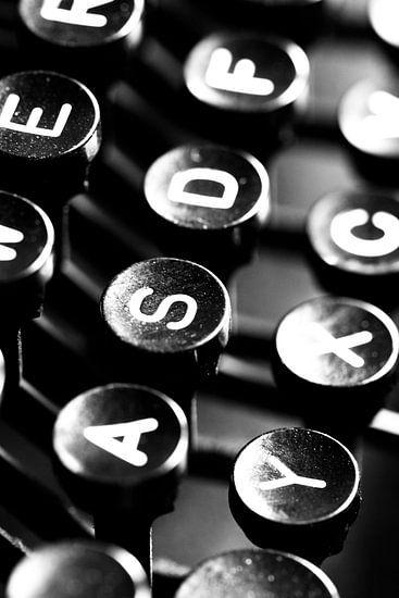 Typemachinetoetsen van Falko Follert