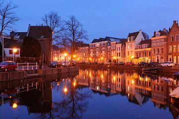 Het Rapenburg in Leiden sur Merijn van der Vliet
