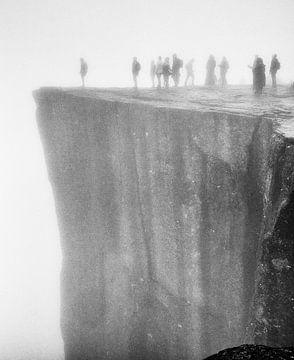 Preikestolen in de mist von Karin Mooren