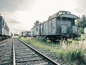 Verlaten Treinstel / Wagon van Art By Dominic