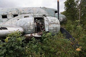 Épave d'un avion militaire abandonné Dakota
