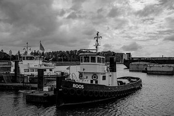 Schlepper im Hafen von Rotterdam. von scheepskijkerhavenfotografie