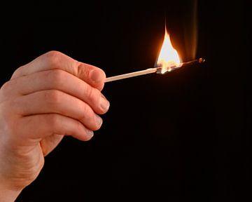 Vuur von Maren Oude Essink