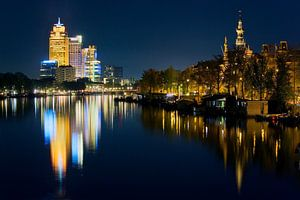 Reflecties op de Amstel te Amsterdam van Anton de Zeeuw