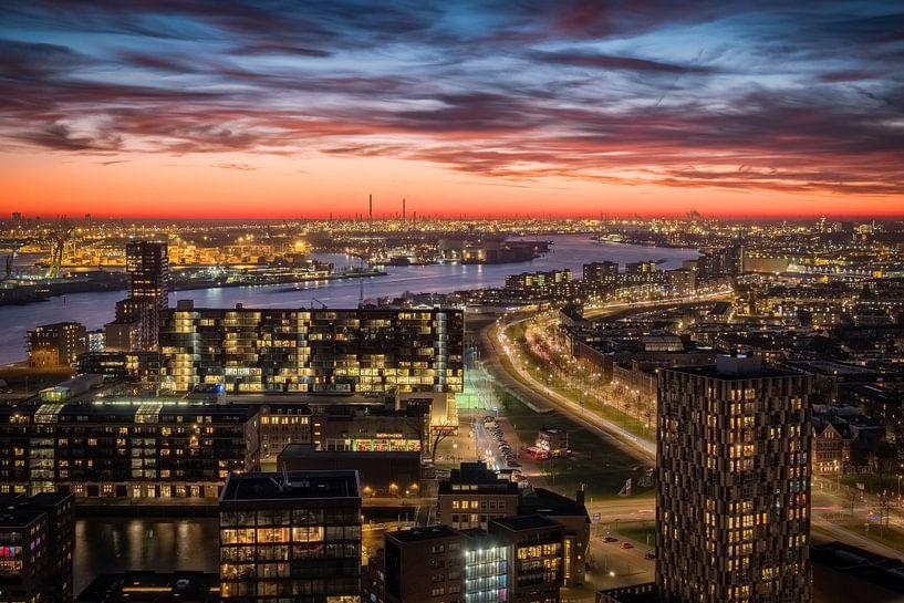 Skyline Rotterdam-West en Havengebied van Mark De Rooij