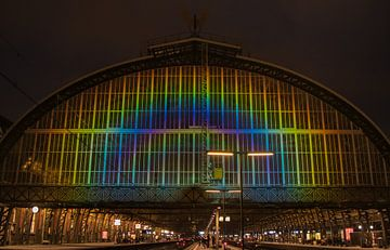 Regenboog station Amsterdam van