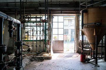 Verlassene Fabrik. von Roman Robroek