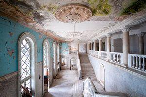 Riesige verlassene Treppe.